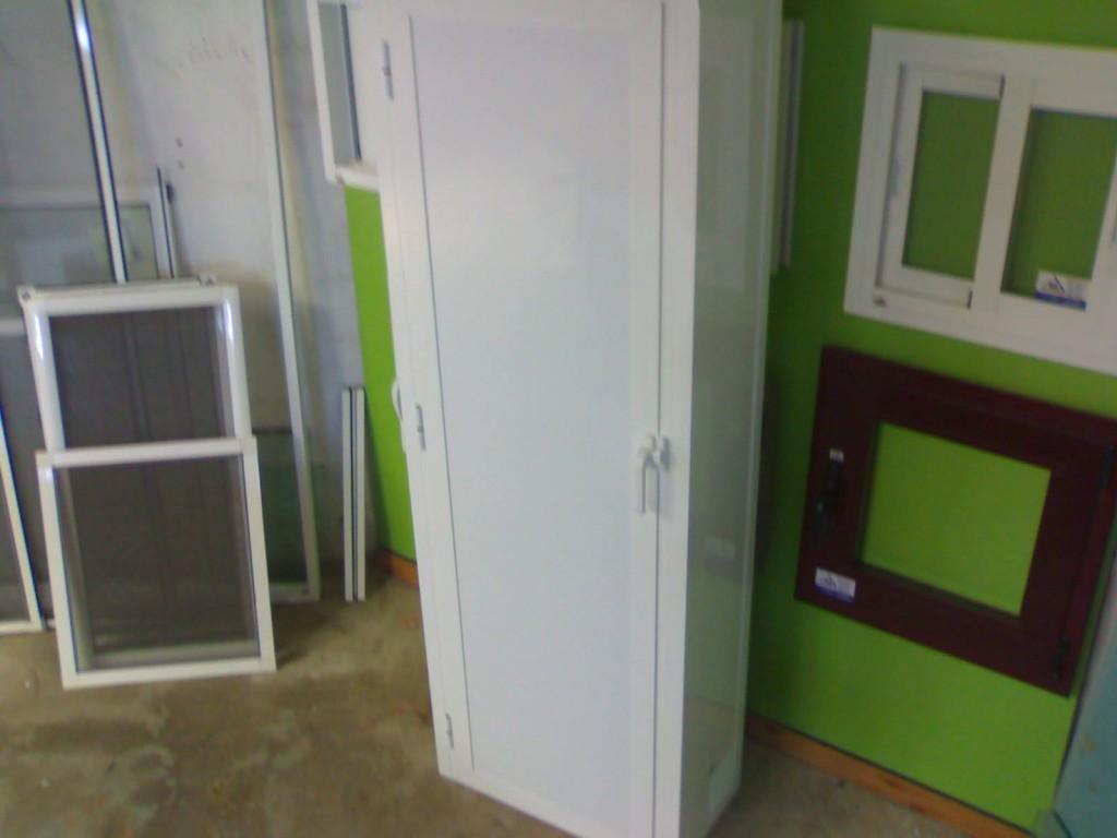 Armario de aluminio color blanco en malaga aluminios - Armarios en malaga ...