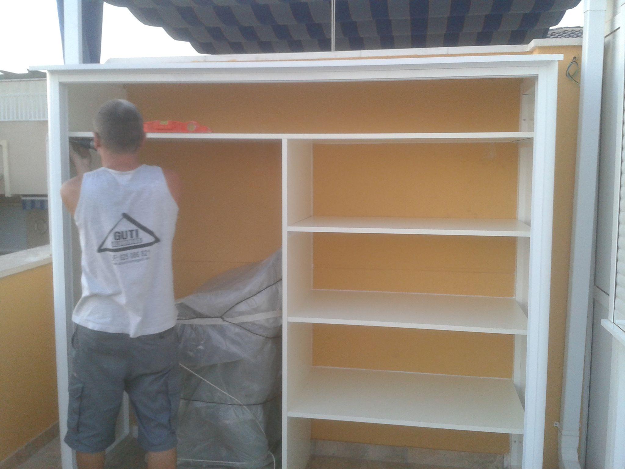 Armarios de aluminio blanco armario de aluminio para exterior con tejado y puertas - Armarios exterior madera ...